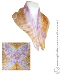 drugelis-tapyta-silko-skarele-drugelis-hand-dyed-silk-scarf-butterfly-violet-yellow-for-girls-women