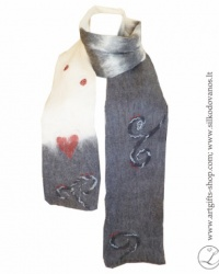 hand-felted-merino-wool-scarf--l-gifts-lina-egle-urbonaite-red-heart-1
