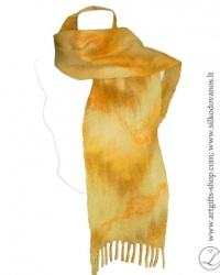 hand-felted-merino-wool-scarf-yellow-l-gifts-lina-egle-urbonaite-2
