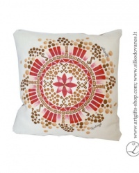 hand-made-linen-flax-pillow-cover-mandala-success-ancient-baltic-signs-wwwlatingelt-brown-red1